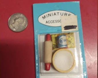 dollhouse miniatures rolling pin baking  set