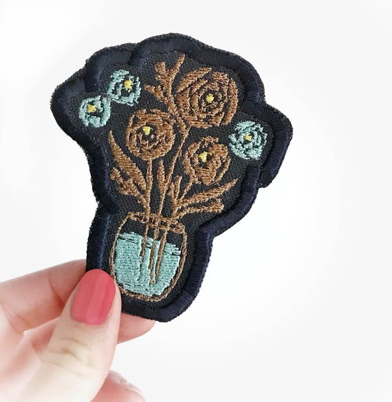 Flower vase art patch. Iron on patch. Patch for jacket. Embroidered patch. Floral patch. Gift for her under 10. Perfect gift for her