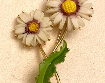 Vintage Lisner Daisy Brooch Flower Brooch