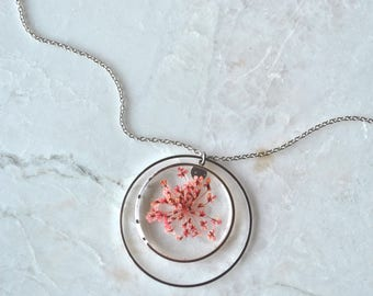 Pink Queen Annes Lace Necklace Pressed Flower Jewelry Botanical Jewelry Bridal Jewelry