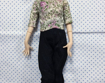 Vintage Japan Mannequin Modern Age Adorn Doll Twiggy Style in Original Floral Top w Stand