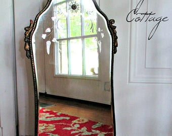 GoRGeoUS EaRLY 1900's ANTiQuE WaLL MiRRoR w/ETCHeD GLaSS