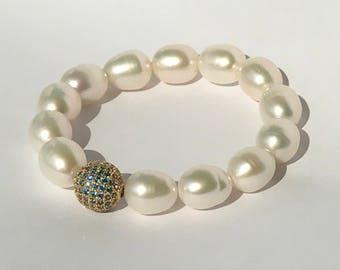 Pave London Blue Topaz CZ Diamond Look Ivory White Freshwater Pearl Stretch Bracelet Layering Bracelet Boho Chic Stack Yoga Bracelet Mala