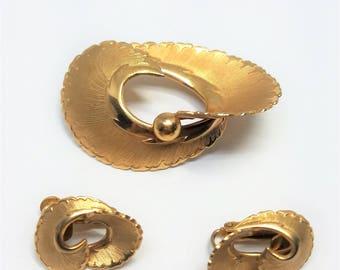Coro Pegasus Vintage Pin and Earrings Set
