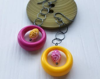 samey samey earrings - vintage lucite and sterling silver - pink, yellow, asymmetrical, mismatched - hoops