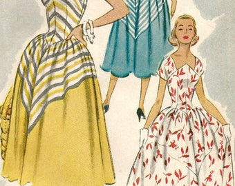 Vintage 50s McCalls 9220 Misses MidCentury Shaped Neckline, Full Skirt Sun Dress Sewing Pattern Size 18 Bust 36
