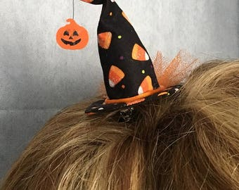 Mini Witch Hat - Halloween Candy Corn