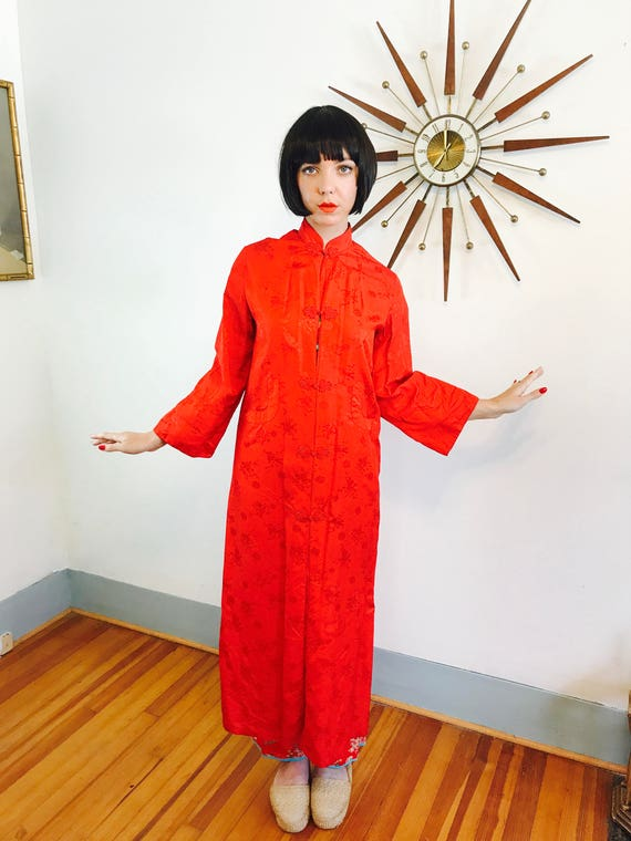Red Chinese Robe, Vintage 20 robe, Cheongsam jacket, Long Chinese Robe, 1920s dressing gown, Asian house coat, women's satin brocade robe