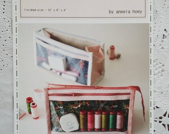 Inside-Outside Pouch Paper Pattern by Aneela Hoey