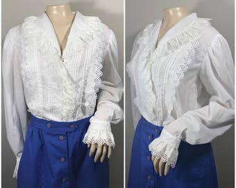 70s Lanz Originals White Blouse // Ruffly Embroidered Button up Blouse //