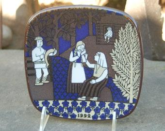 Weep Hapless Maiden - Arabia of Finland 1992 ,Finnish Epic the Kalevala Annual Scandinavian Folklore Plate by Raija Uosikkinen