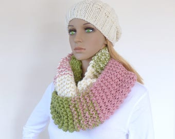 Green Infinity Scarf Pink Cowl Scarf Colorful Circle Chunky knit Cream Loop Scarf
