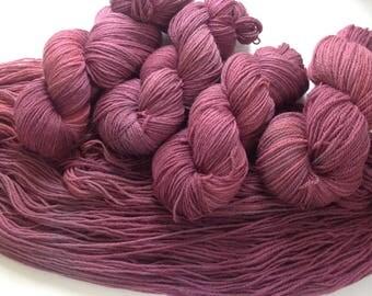 CHÉRI - 4ply finest wool 21mic yarn Hand dyed