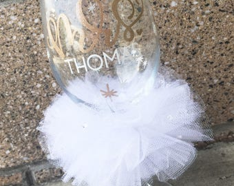Future Mrs Bride Glass Bride Wine Glass Personalized Bride Glass Future Mrs Custom Bridal Wedding Shower Gift Bachelorette Glass Wine Glass