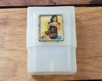 Vintage Cigarette Case Soft Clear Plastic with Sexy Pin Up Flasher Frame 50's 60's Mid Century Kitsch Collectible Man Cave Barware Made USA