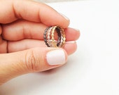 Gold Flower Ring, Delicat...