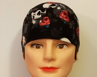 Black Skull Cap w Skulls & Red Roses, Chemo Cap, Surgical Cap, DoRag, Handmade, Alopecia, Hats, Motorcycle, Helmet Liner, Hair Loss, Cancer