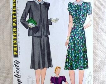 Vintage Pattern Simplicity 3453 pre War Era sewing pattern Bust 34 back wrap Dress maternity 1940s Rosie the Riveter adjustable puff sleeve