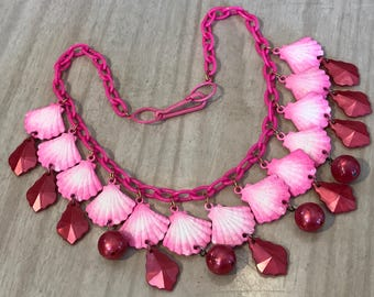 Vintage 1980's plastic hot pink shells necklace - Summer sale!