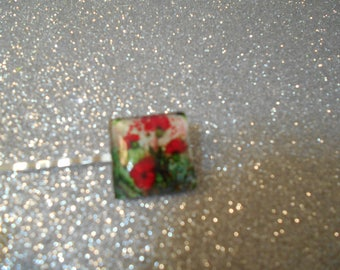 Square cabochon with red flower and greenery #732