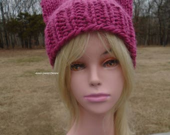 Chunky Raspberry Pussy hat. Ready To Ship. Super chunky cat ear hat. Pink cat hat. Winter hats. Super chunky Pussyhat. Kitty Ears Hat.