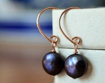 Peacock Pearl Earrings, 14K Rose Gold Filled Earrings, Dark Freshwater Pearl Dangles, Dangly Bridal Earrings, Cultured Pearl Wedding Jewelry