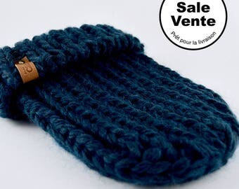 SALE  / The Ribbed Beanie in dark blue / Ready to ship