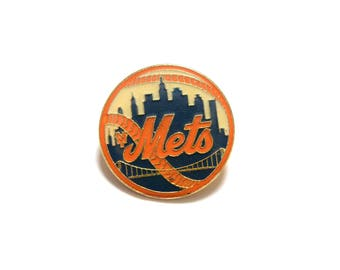 "vintage 80s Mets pin 1986 New York Mets lapel pin baseball team pin MLB Peter David Inc gold metal enamel pin NY Mets fan 1"" pin tie tack"
