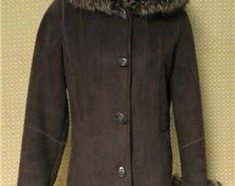Free Shipping Faux Shearling Jacket Faux Racoon Trim Size Small   #108