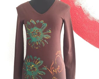 Brown Tee, Hand Painted Tshirt, Long Sleeves, Flowers , Woman's Fashion, Autumn