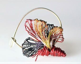 Butterfly brooch Cute pin Red jewelry Wire jewelry Insect pin Jacket pin Modern Boho Butterfly jewelry Sister birthday gift Christmas gift