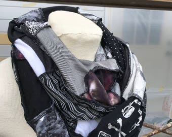 Patchwork Möbius infinity scarf - black & gray colorway - One-of-a-kind