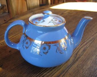 Vintage 1940s Hall China Teapot Sky Blue w 24Kt Gold Trim Hall #029 5 Cup USA