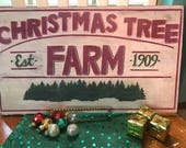 Farmhouse rustic distressed wood sign for Christmas