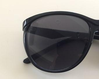 Vintage 70s Black Sunglasses