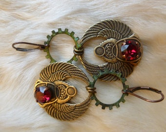 "Chic steampunk earrings, Scarab and gears ""for a trip back in time"""
