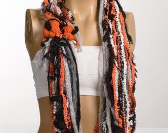 HALLOWEN Scarf. Fall Autumn Winter Loop scarf. Circle gift Yarn scarf. Christmas neckwarmer. Fashion accessories. Gift for her.