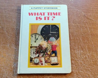 "Vintage Puppet Storybook, ""What Time Is It?"" featuring 3D Lenticular Cover Art, 1968."