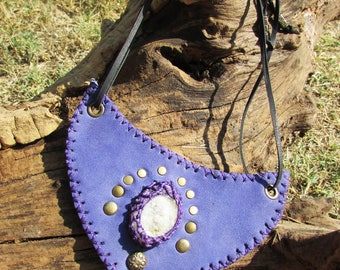 Tibal purple leather necklace, druzy quartz stone, neck adjustable by cord, decorated with rivets, tribal goddess, medieval, pixie and fairy