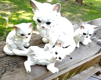Lefton, White, Persian Cat, Cat Figurines, Four piece, Cat Family ,1513 1514,  Pre-1953,  Japan, Porcelain, Kitties, kittens, White Cats