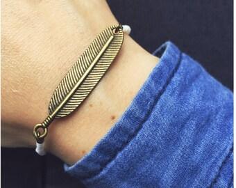 White feather bracelet