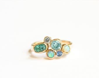 Oceans | Blue Cluster Engagement Ring 14k Hammered Gold