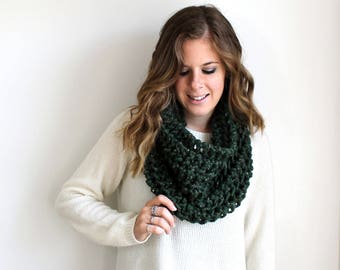 Knitted Scarf Infinity Cowl Chunky Kale- Aberdeen Cowl