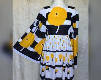 1970s Nylon Jersey Bell Sleeved Maxi Dress * Bohemian *Gypsy * Festival