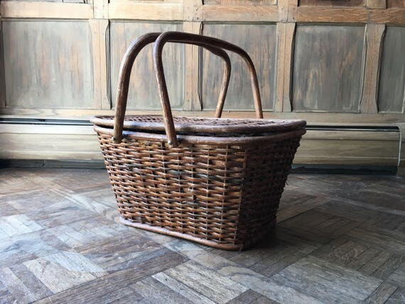 Vintage Picnic Basket, Wooden Picnic Basket, Woven Wood Basket Woth Handles, Vintage Camping, Glamping