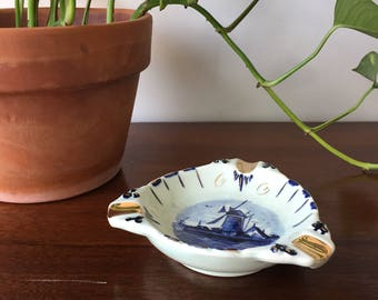 Ceramic Blue and White Delft Ashtray