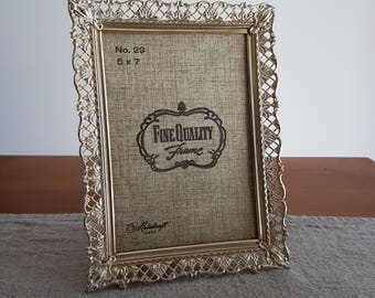 "5"" x 7"" brass / gold-tone metal picture frames w. ornate filigree design // Hollywood regency photo frames, old family photos, 13 cm x 18 cm"