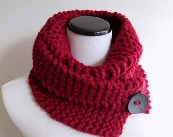 Knit Cowl with Button - Cranberry Red Cowl - Red Hand Knit Neckwarmer - Knitted Buttoned Cowl - Chunky Knit Cowl with Big Button
