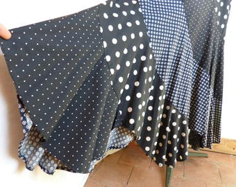 Black & white daisy flower and dots cotton LA GADOLE maxi skirt with bias panels - gypsy boho festival hippie - French 70s vintage