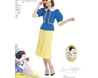 8486, Simplicity Disney Women's, Snow White, Disney Princess, Vintage Dress, Disney Princess, Gown, Dress Up, Seven Dwarfs, Vintage Disney